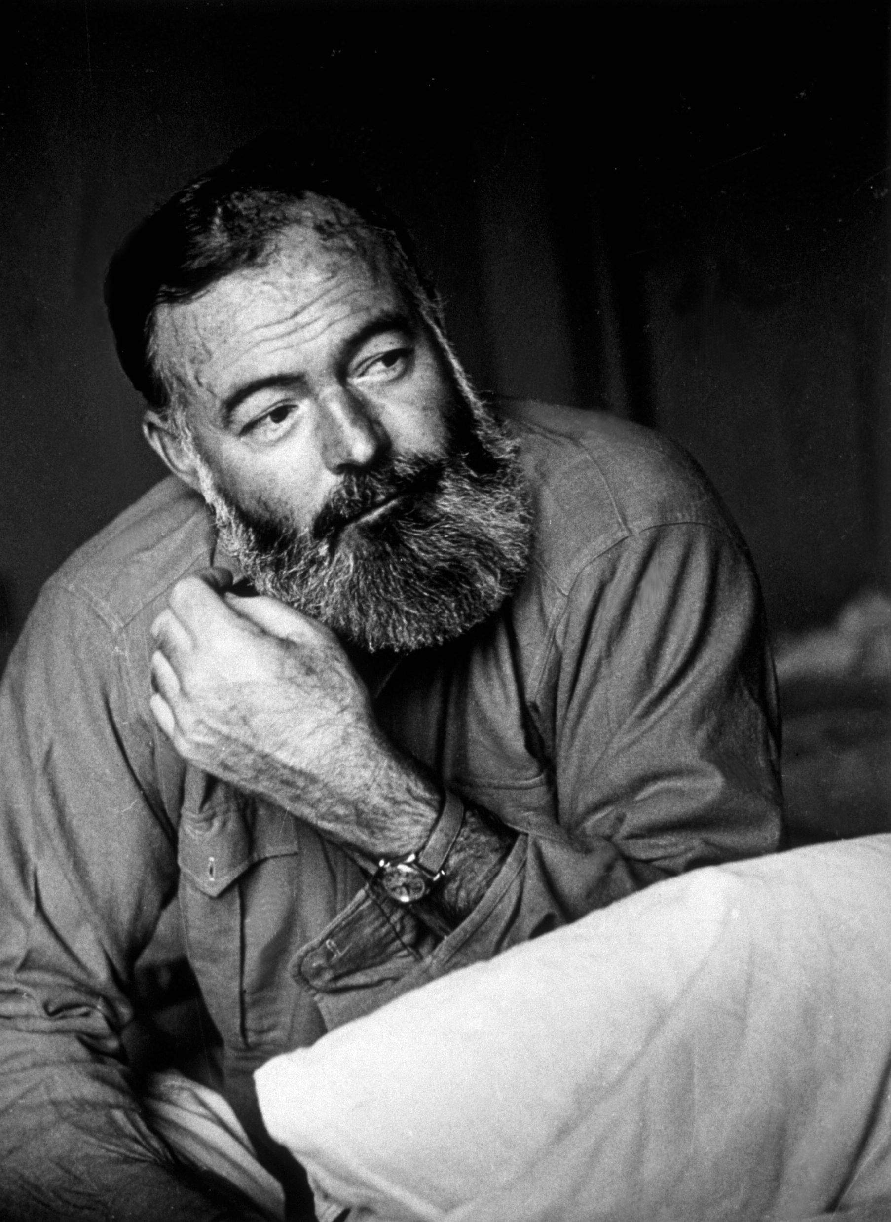 a biography and life work by ernest hemingway an american author When discussing american literature, the name that comes to mind most prominently is ernest hemingway his writing style has greatly influenced 20th-century literature as much as his life of adventure has inspired later generations.
