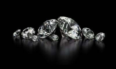 Il diamante tra mondo antico e moderno: simbolo di durezza o di luminosità?