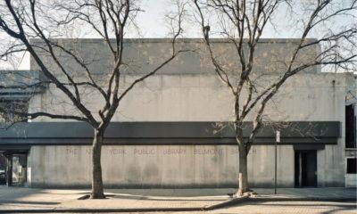Guardare una biblioteca a New York