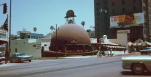 Brown_Derby_Restaurant,_Los_Angeles,