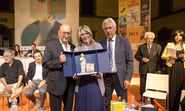Sara Rattaro vince il Premio Bancarella 2015